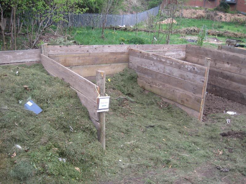 compost-bays