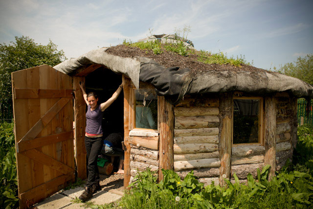 Hannah from Permaculture Ireland at the Cwm Harry roundhouse last year.