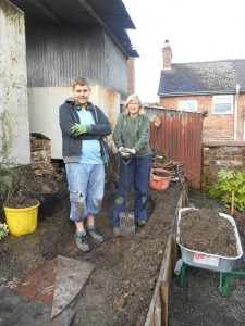 caroline & Rees- digging the bog garden